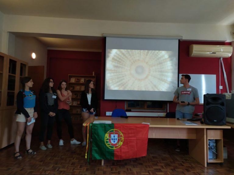 Apresentação  da equipa portuguesa aos restantes participantes.